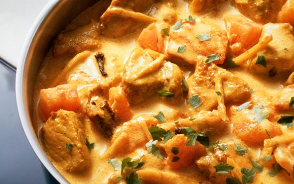 El Popular Longaniza Chicken Stew Recipe