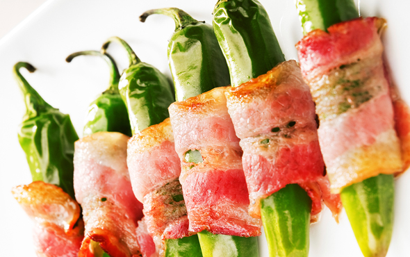 El Popular Hot Chorizo Poppers Wrapped in Bacon Recipe